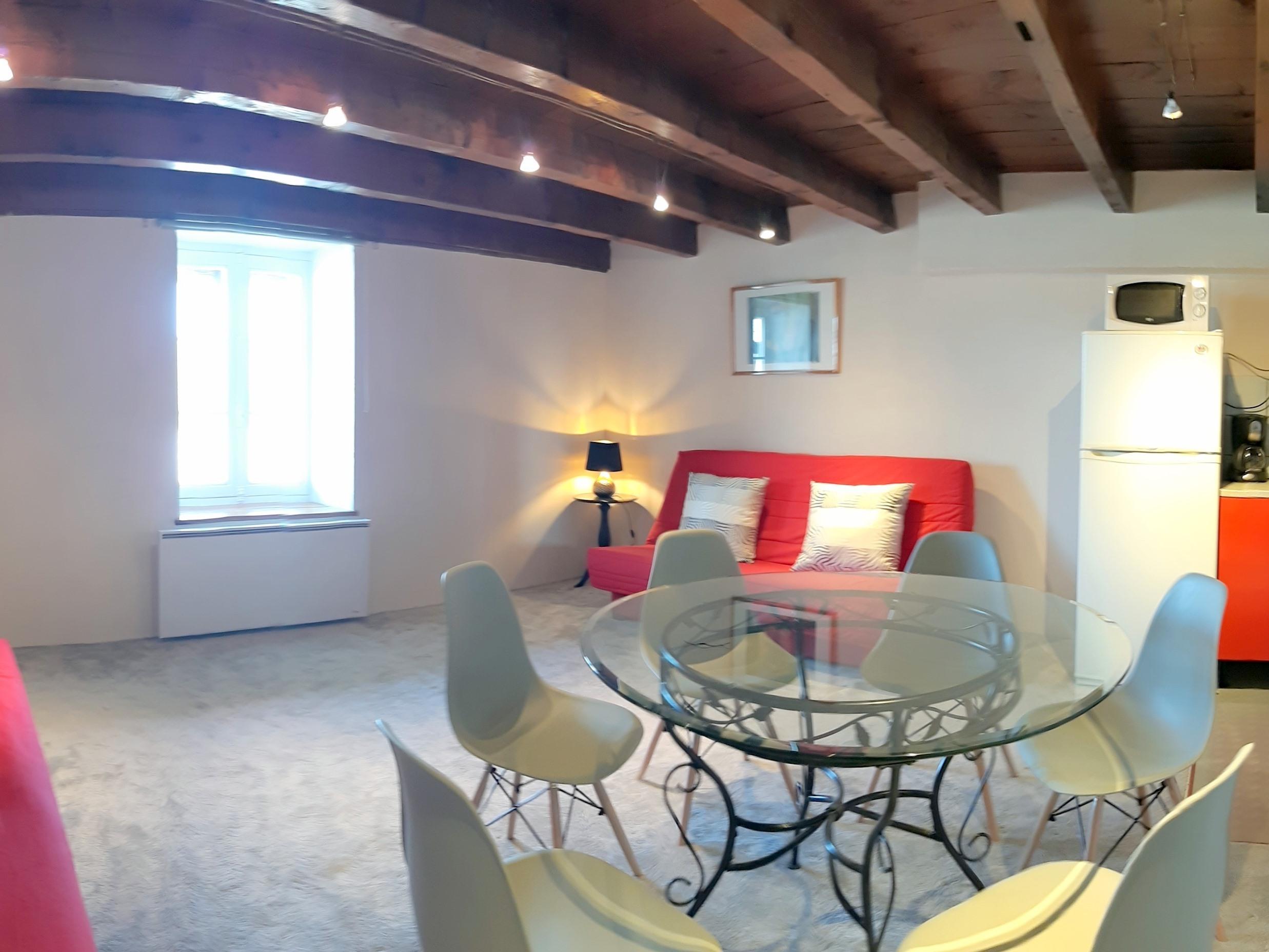 Appartement-Confort-Vue sur la campagne-au 1 étage-Salle de bain privée séparée - Tarif de base