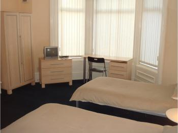 Athol House - Twin Room