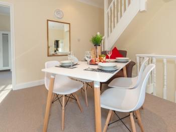 GlobeStay - Frederick Apartment -