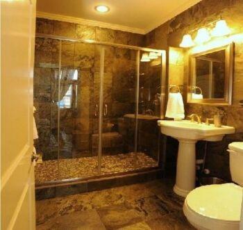 Renate bathroom 1