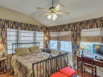 Double room-Ensuite-Economy-Margarets Window