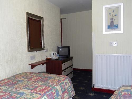 Twin Room (en-suite)
