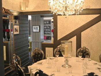 Private Dining Room, Table 50