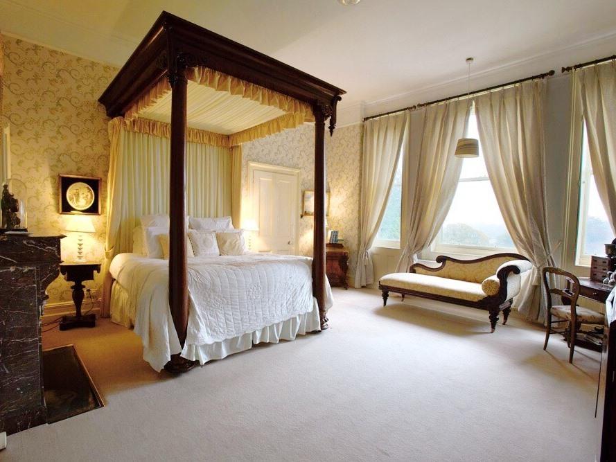 Double room-Large-Ensuite with Bath-Park View - Double room-Large-Ensuite with Bath-Park View