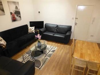Butler house - Living room