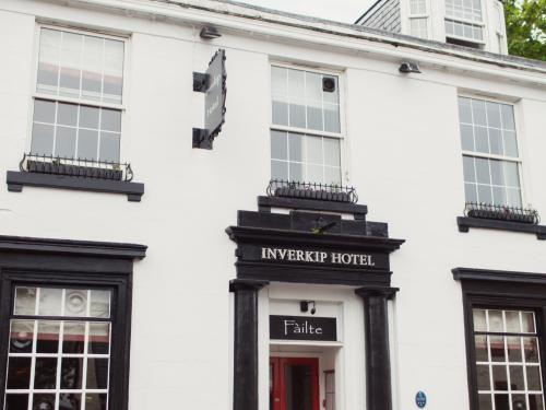 The front of Inverkip Hotel
