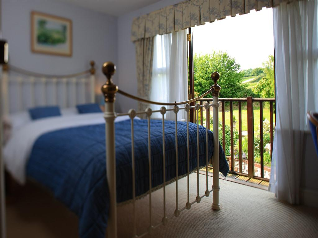 Double room-Standard-Ensuite - Breakfast Included