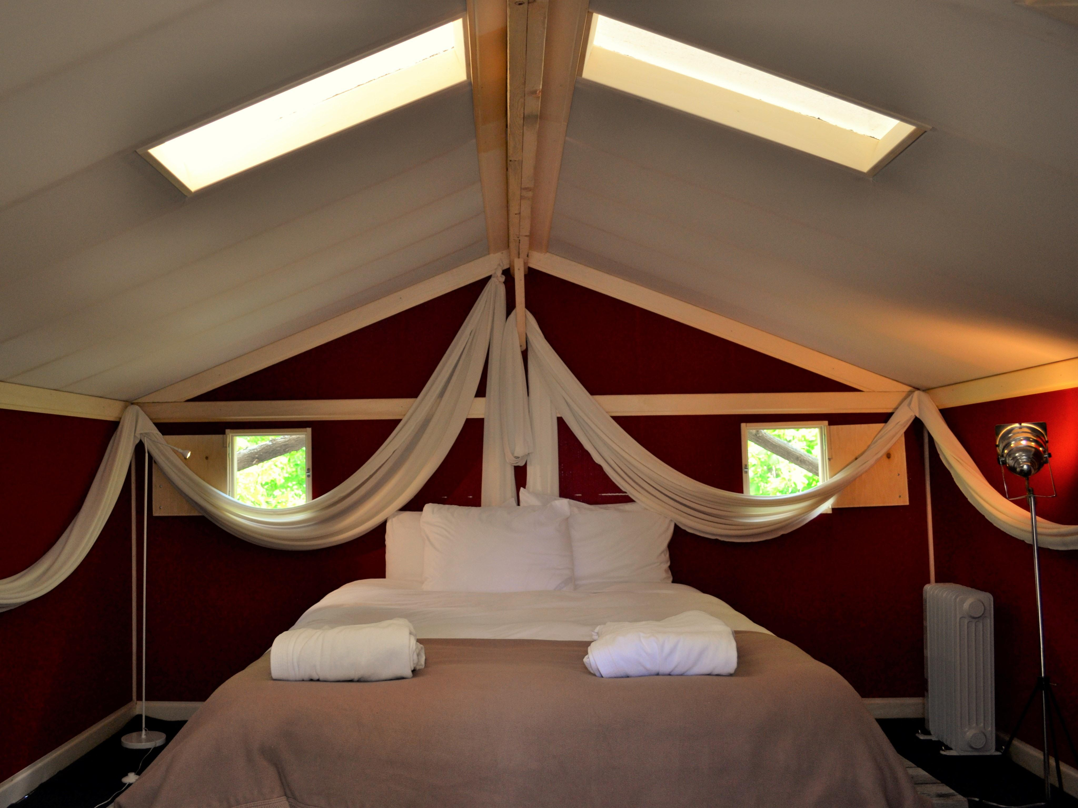Tent-Premium-Shared Bathroom-Mountain View-Tente romantique