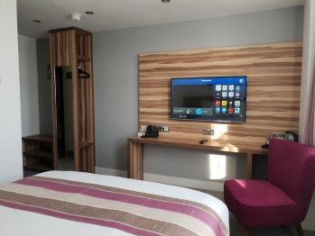 Escape Hotel - Double En-Suite