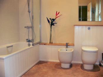 Luxury modern en suite in the Large Double Room