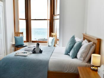 Cardigan Bay Guest House - Double En-suite Sea View Room