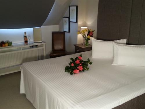 Double room-Ensuite with Bath-Sea View - Base Rate