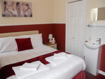 Double room-Ensuite-Room 6 - Base Rate