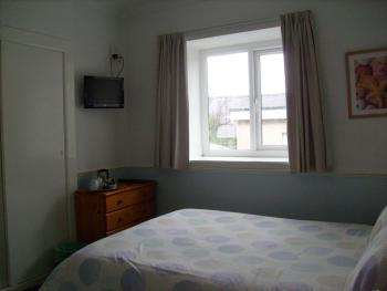 Double room-Private Bathroom-Without Parking