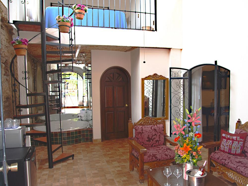 2 Bedroom Poolside Loft