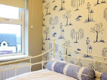 Singe bedroom
