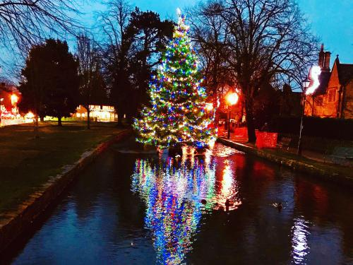 Floating Christmas tree in Bourton-on-the-Water