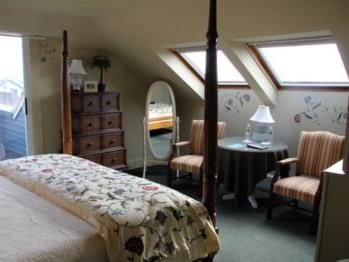 King Room w/ Deck