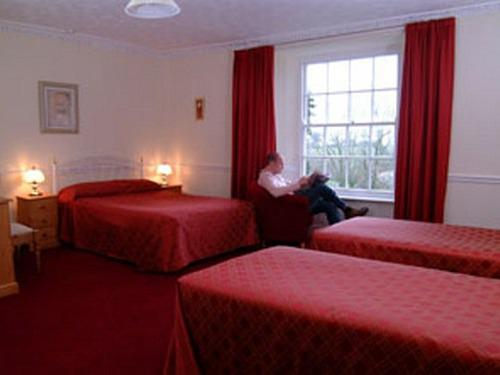 Family room-Superior-Ensuite-2 Adults & 2 Children - Base Rate