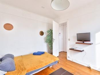 Studio-Appartement-Salle de bain-Vue sur Rue-5-Edmond Roger - Tarif de base