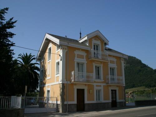 Vista Exterior Apartamentos  cerca de Cabárceno Villa Fresnedo