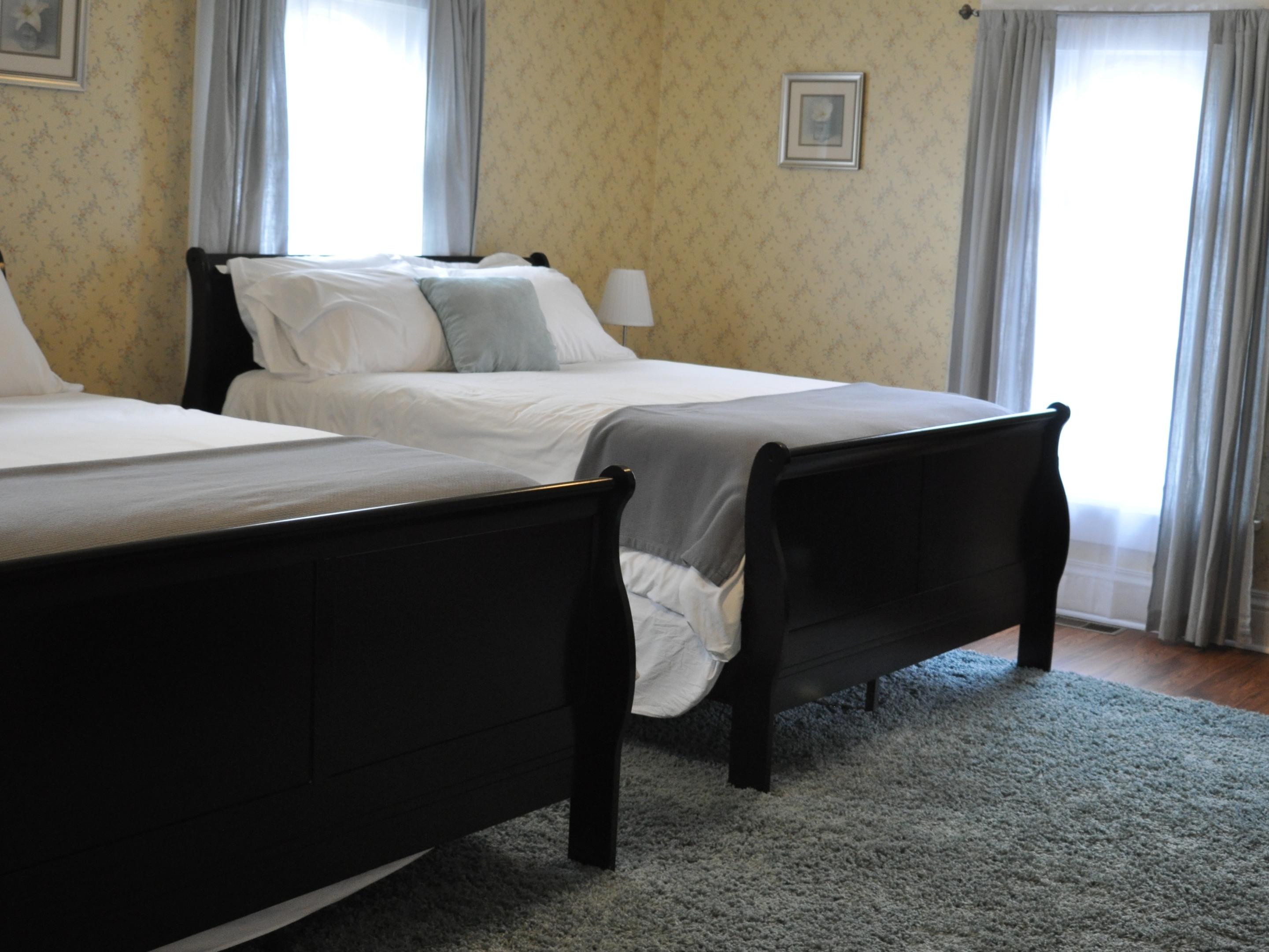 Quad room-Ensuite-Superior-Street View-Room 1: Summer Room - Base Rate