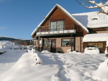 Carn Mhor Bed and Breakfast - Carn Mhor in winter
