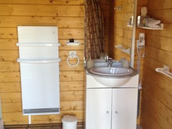 Chalet - salle de bains commune yourtes