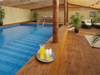 pool/ games room
