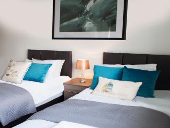 East Midlands House - Bedroom 1