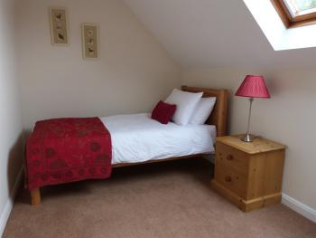 Bluebell Cottage single room (self catering)