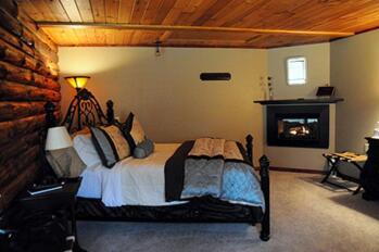 Hideaway Room at Bear Meadows Lodge