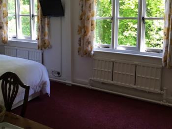 Double room-Ensuite-Riverside