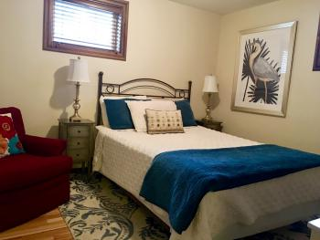 The Nest Queen Bed Private Bath