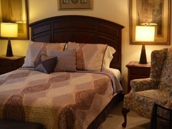 Queen Room 36