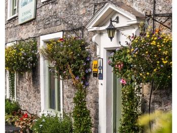 The Oakhill Inn -
