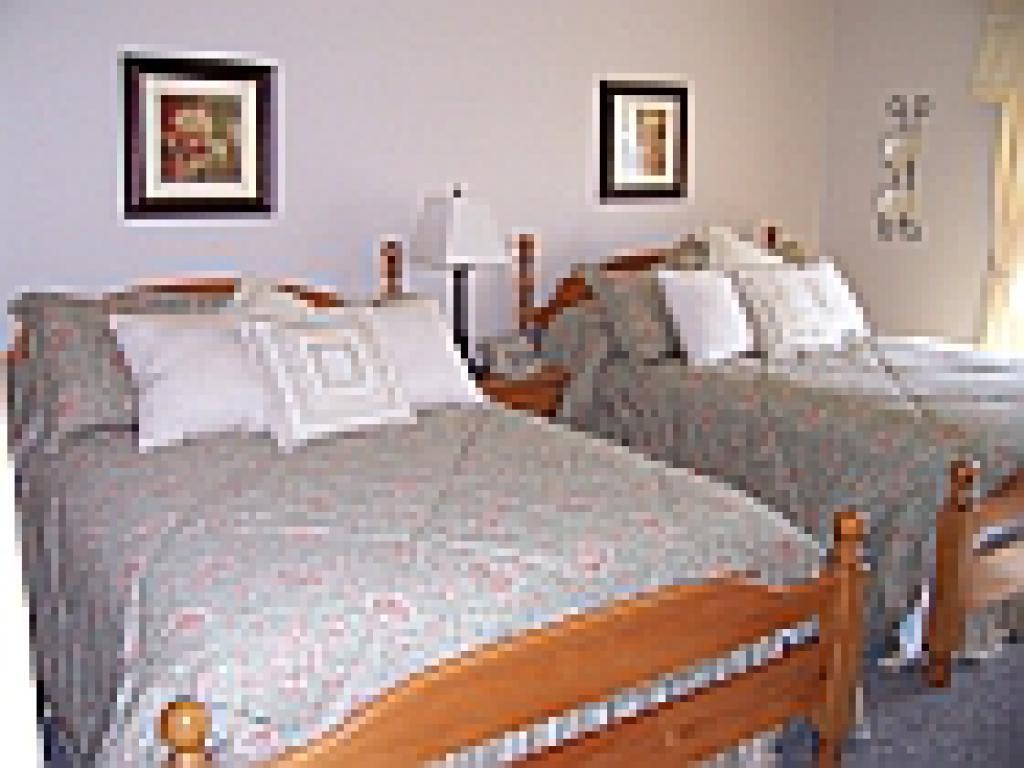Quad room-Ensuite-Standard-Arthur Room 6 - Base Rate