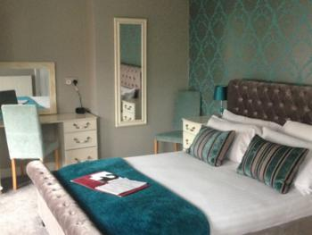 Double room-Ensuite-Emerald Room