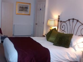 Double room-Deluxe-Ensuite - Base Rate