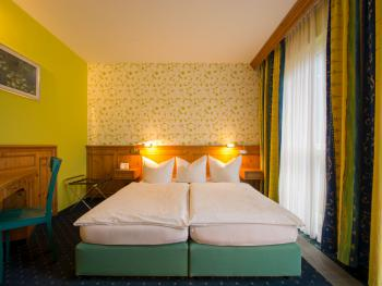 Doppelzimmer-Komfort-Ensuite Dusche-Gartenblick