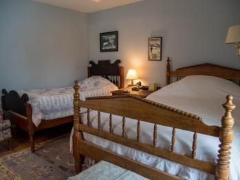 Inn room 6