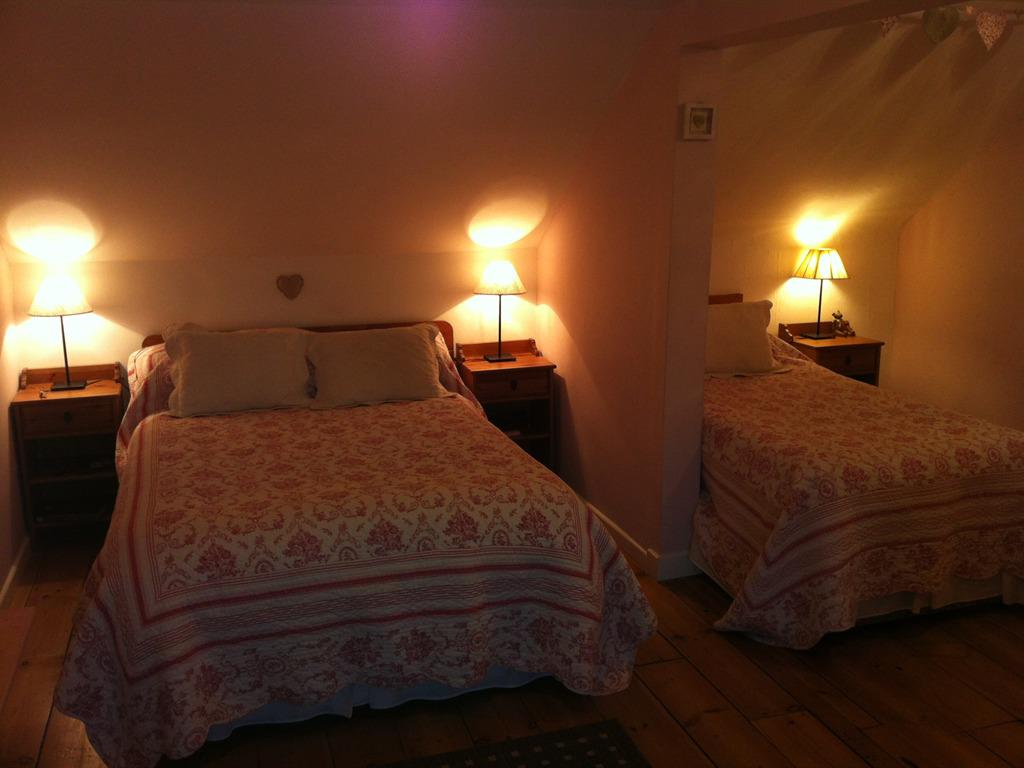 Family room-Ensuite-Sleep 2 adults+2 children