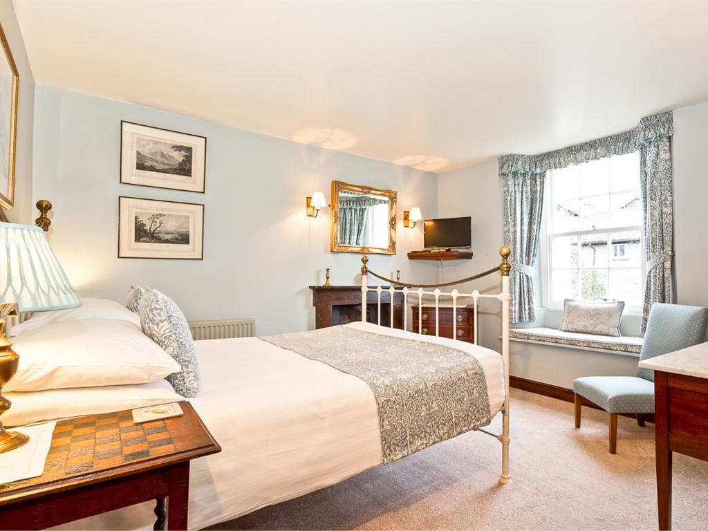 Double room-Superior-Ensuite with Bath-Garden View - Base Rate