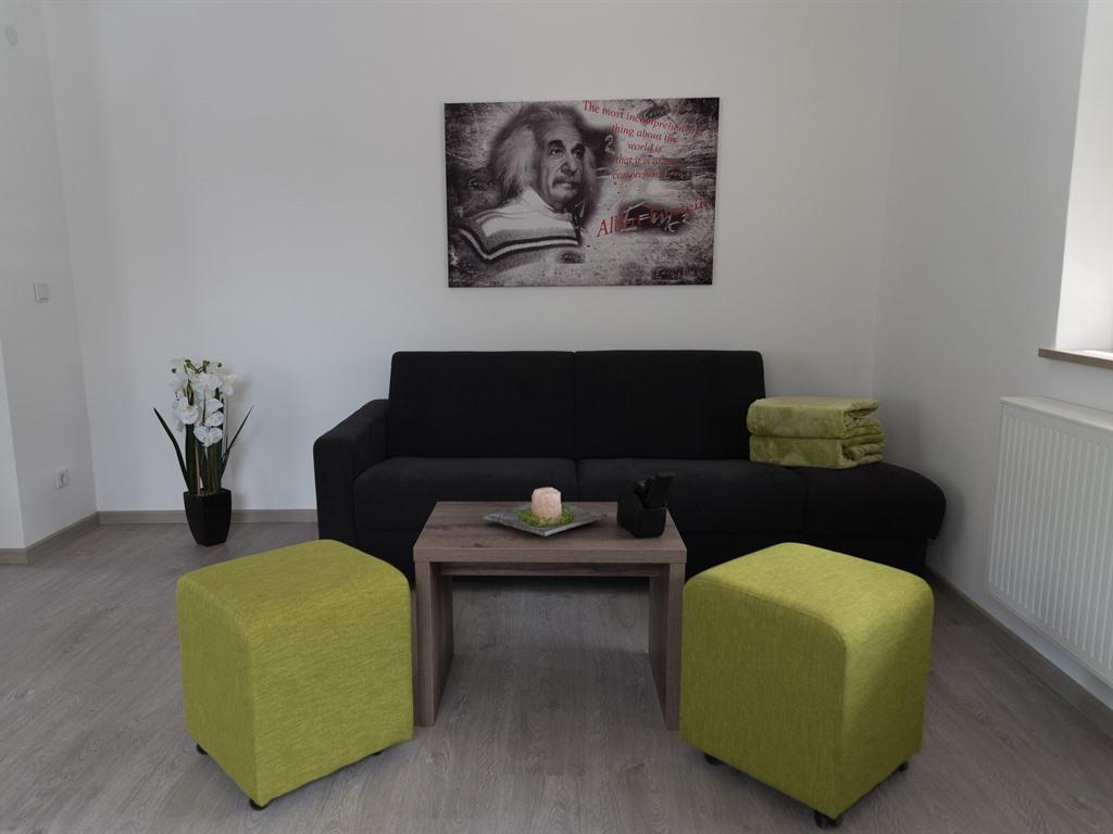 Einstein - Wohnzimmer zum gemütlichen Entspannen