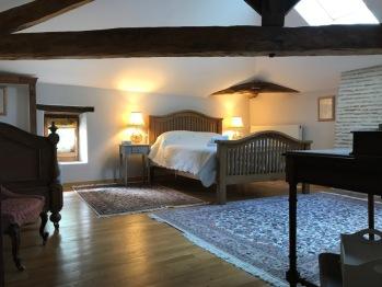 Chambre Triple Deluxe, vue sur la campagne.