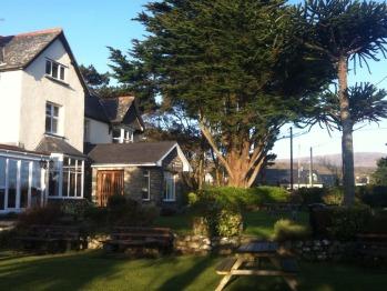 Cadwgan - Cadwgan Inn