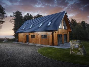 Maple Lodge Sunrise