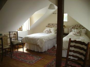 Twin room-Ensuite-The Orchard Room