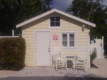 Cottage-Ensuite-Queen-Patio-Cottage 08 - Base Rate