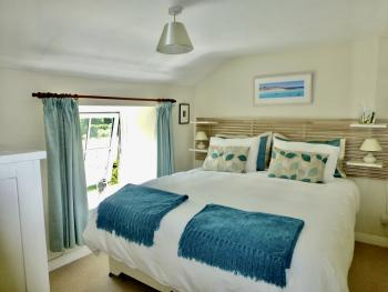 The Cottage Superking or Twin beds